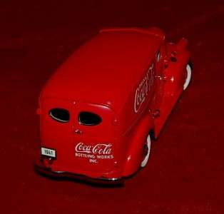 DANBURY MINT DIE CAST REPLICA 124 CHEVROLET COCA COLA DELIVERY TRUCK
