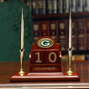 Officially Licensed NFL Football Green Bay Packers Perpetual Calendar