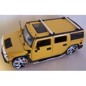 Scale Diecast Big Time Kustoms Hummer H2 in Color Yellow Toys & Games