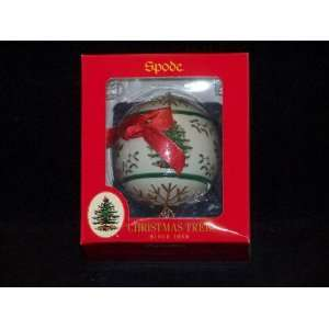 Spode Christmas Tree Ornament Ball Banded With Tree & Holly