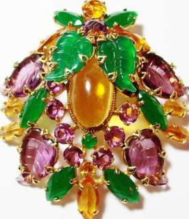 SCHREINER NEW YORK Givre Carved Glass Rhinestone Vintage Brooch