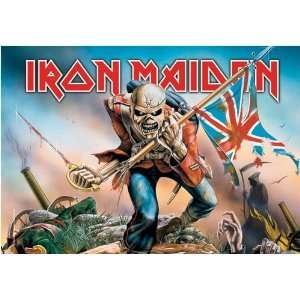 Iron Maiden   Trooper Textile Poster (30 x 40)